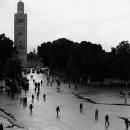 雨上がりのジャマ・エル・フナ広場