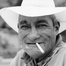 煙草とカウボーイハット