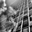 ガラス張りのビル