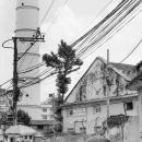 町角のミシンとダーラハラの塔