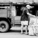 Unloading Man @ Malaysia