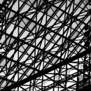 東京芸術劇場の鉄骨