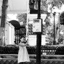 少女と公衆電話