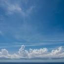 雲と水平線