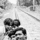 線路の上の男たち