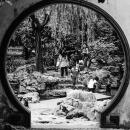豫園の丸い穴