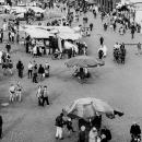 ジャマ・エル・フナ広場で立ち話