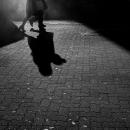 カップルのシルエットと影