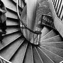 螺旋階段の親子