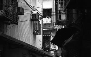 Woman In The Dim Alleyway