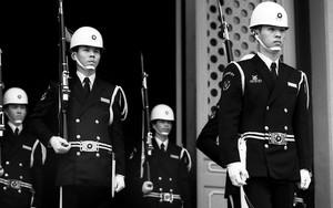 Guardsmen Lined Up In Martyrs' Shrine