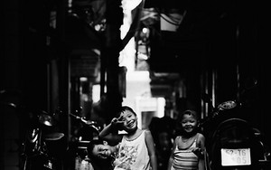 Three Kids In The Dim Alley