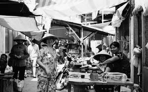 Smiles In The Street Market