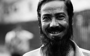 長い髭と笑顔
