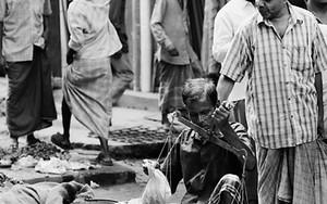 Bazaar In The Street