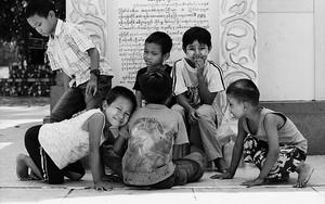 Children In Botataung Paya