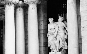 Couple In Front Of The Statue