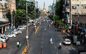 Street Stretching To Sule Pagoda