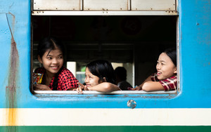 Three Girls On Train