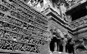 Decoration Of Kailasanatha Temple