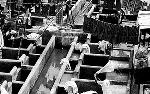 Washing In Dhobi Ghat