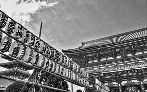 Lanterns And Gate In Senso-Ji
