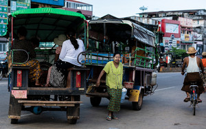 Pickup Truck Buses In Arterial Road