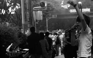 Rocker In The Street