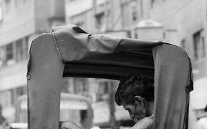 Fugitive Resting On The Rickshaw