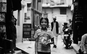 路地裏で見つけた女の子の笑顔