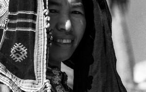 露店を開いていたモン族の女性