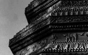 ワット・ナームカウルアンの仏塔