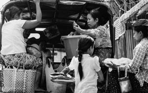 荷台の女たち