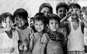 Gathering Children In Thanlyin