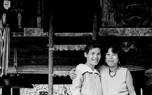 Happy Couple In Tam-an