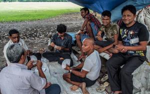 Men Playing Cards