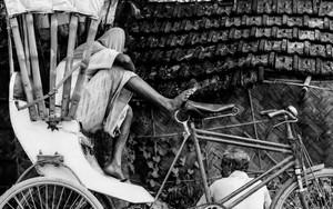 Cycle Rickshaw And Men