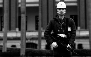 Soldier In Front Of Presidential Building
