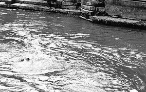 Boy Was Swimming In The Holy River