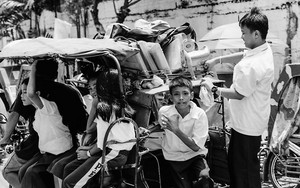 School Boys And Girls On The Trishaw