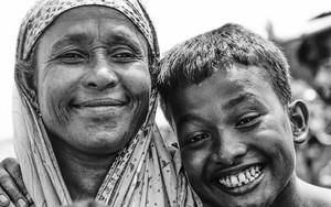 母と息子の笑顔