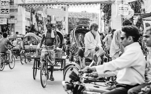 Motorbike And Cycle Rickshaws