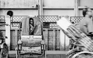 Rickshaw Wallah Showing His Face