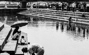 Man In The Washing Ghat