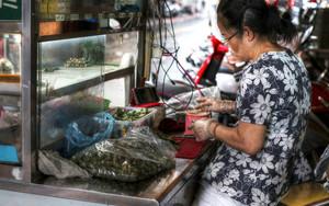 檳榔を売る女性